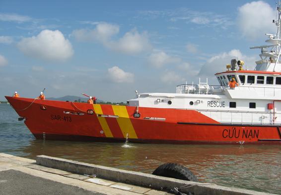 Tàu cứu nạn đang vào cuộc tìm kiếm 7 người mất tích