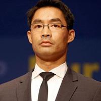 Phó Thủ tướng Đức gốc Việt từ chức