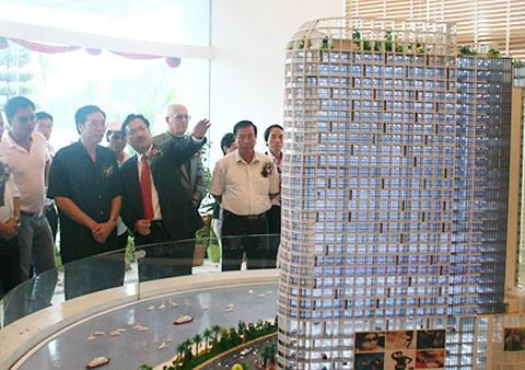 Edward Chi tại buổi ra mắt dự án ở Quảng Ninh.