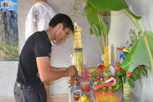 Vụ nữ sinh 14 tuổi giết mẹ vì bị ngăn cấm yêu đương qua lời kể nhân chứng