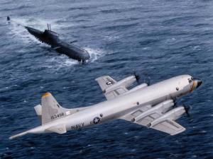 Reuters: Mỹ sắp bán một loạt sát thủ săn ngầm cho VN