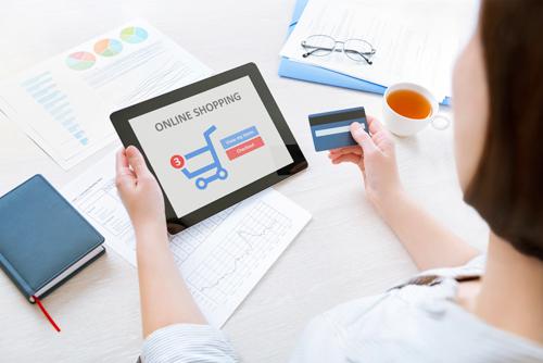 """8 lưu ý để tránh """"thảm họa"""" khi mua hàng online"""
