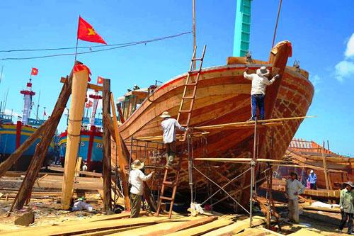 gỗ dùng để đóng tàu thuyền