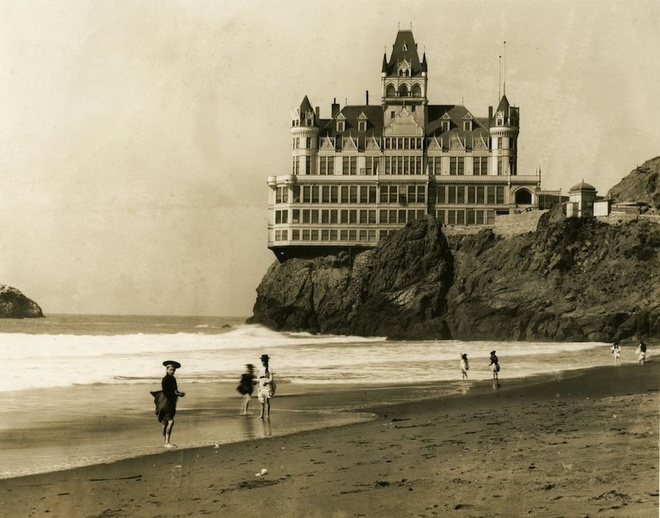 nhà hàng 157 năm ở San Francisco đóng cửa vĩnh viễn 147107468351446-cliff-house-1