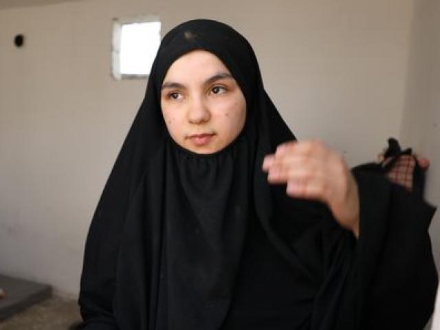 Vợ khủng bố IS phát ghen với nô lệ tình dục của chồng