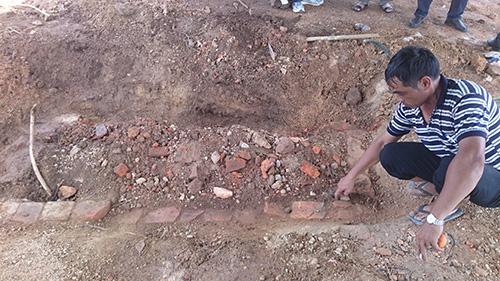 Vụ lăng mộ vợ Vua Tự Đức bị san ủi: Chưa được xây mộ tạm