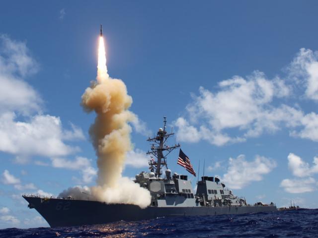 Mất 2 tàu chiến, Mỹ để lộ điểm yếu trước tên lửa Triều Tiên