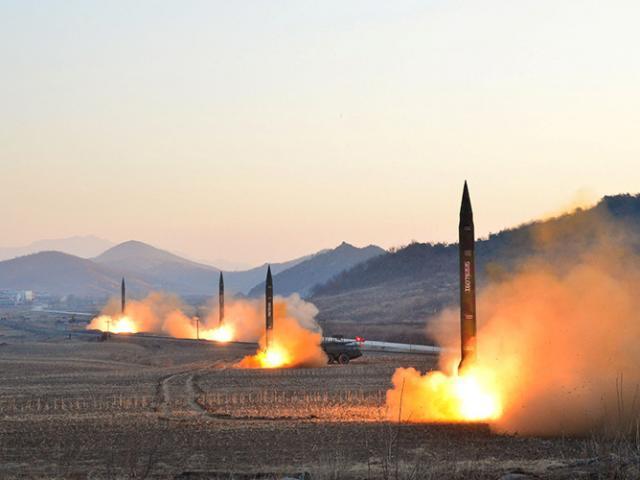Triều Tiên bắn tên lửa xuyên qua không phận Nhật Bản