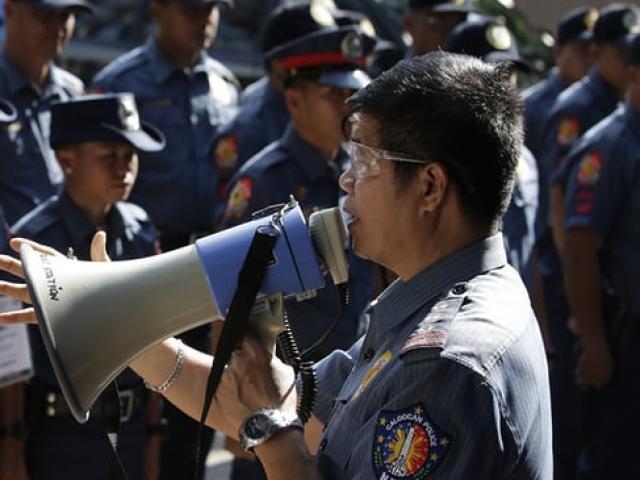 1.200 cảnh sát Philippines bị sa thải vì bê bối giết người