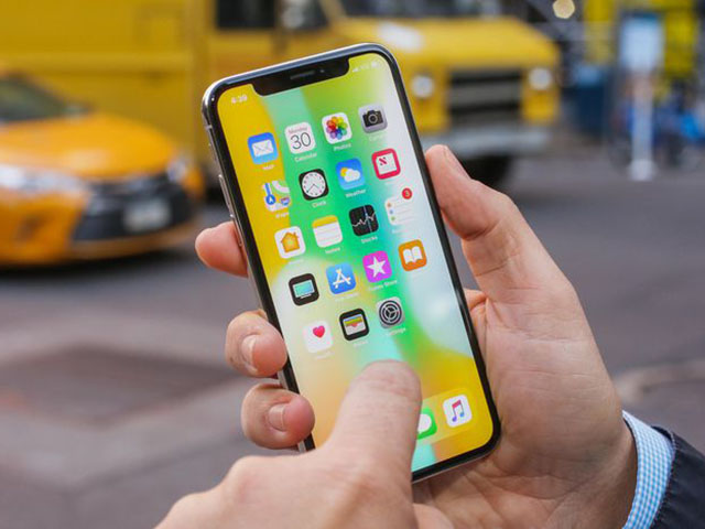 NÓNG: Apple đã ngừng sản xuất iPhone X và iPhone SE?