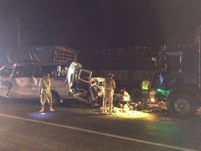 Tai nạn liên hoàn giữa 4 xe ô tô, 11 người thương vong