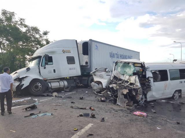 Công an kết luận nguyên nhân vụ xe rước dâu gặp nạn làm 13 người chết
