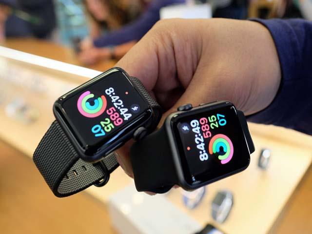 """Apple """"máu lạnh"""" muốn tiêu diệt tất cả smart watch trên thị trường"""