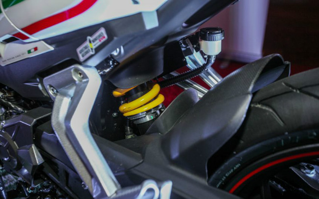 """can canh mau xe moi khien yamaha exciter, honda winner """"toat mo hoi"""" hinh anh 15"""