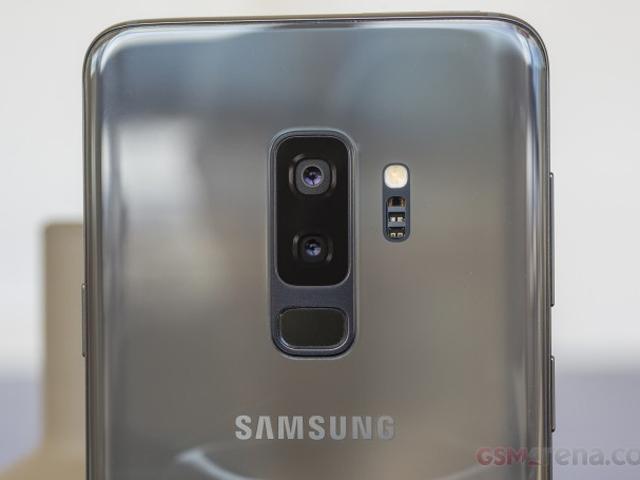 Samsung Galaxy S10 đẹp mê mẩn thế này, giờ đã lộ tên mã