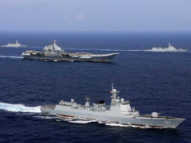 Trung Quốc thiệt hại nặng vì vội vàng quân sự hóa Biển Đông