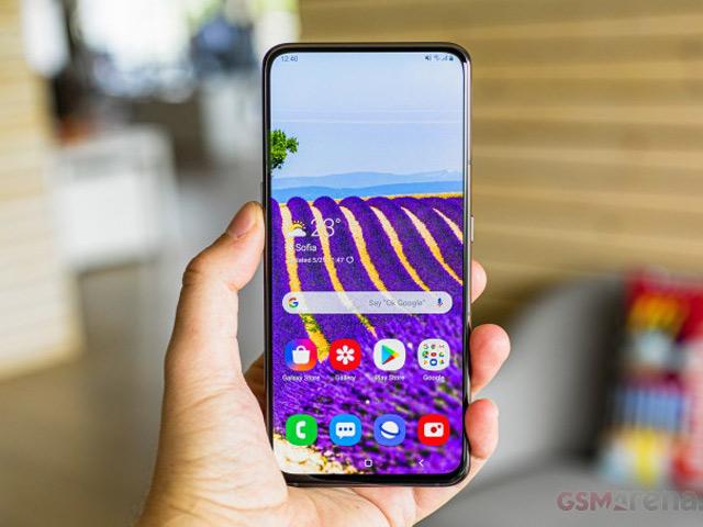 Đánh giá chi tiết Galaxy A80: Thiết kế chắc tay, màn hình đẹp