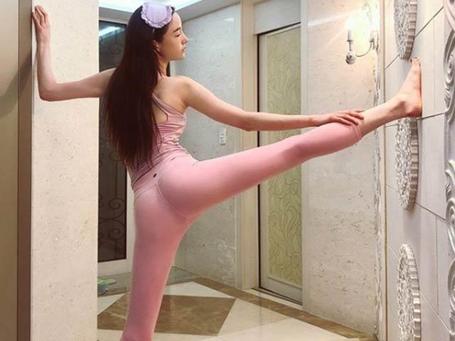 """Nữ giáo viên, MC hot nhất Hàn Quốc đẹp như tiên sa nhờ tập môn """"con nhà giàu"""""""