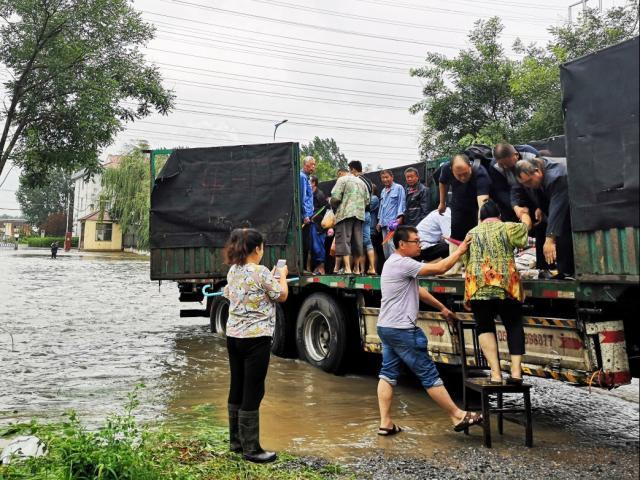 """Mạng Trung Quốc đăng tin siêu bão """"xóa sổ"""" 99 triệu người và sự thật"""