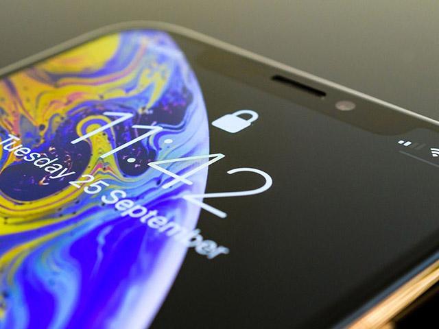 iPhone 11 Pro sử dụng vật liệu màn hình OLED như Galaxy S10 và Note10