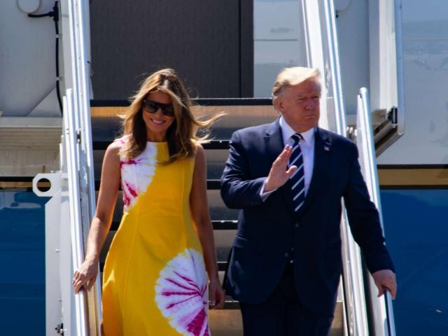 Đệ Nhất Phu nhân Mỹ diện y phục sang chảnh dự hội nghị G7