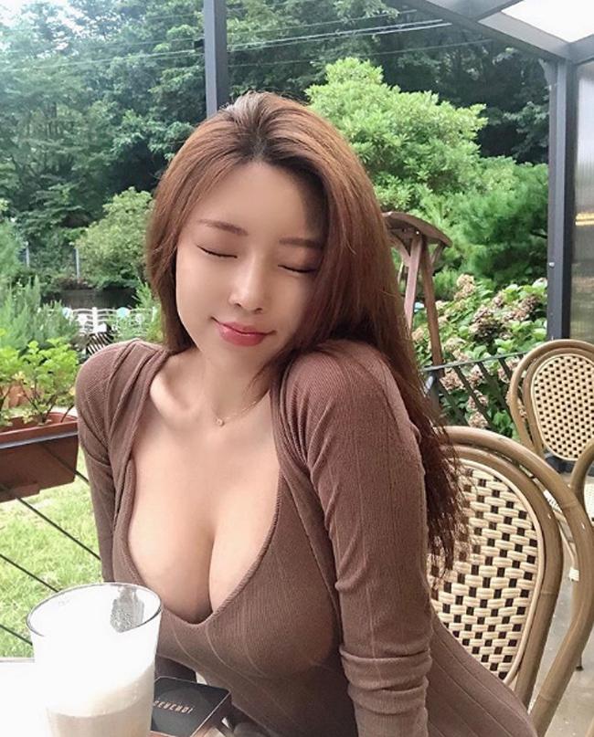 ve goi cam nong bong cua nguoi dep phu phang tu choi 700 ty tu dai gia hinh anh 6