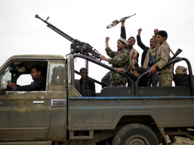 Phiến quân thân Iran tấn công dữ dội biên giới Ả Rập Saudi, bắt sống hàng ngàn binh sĩ