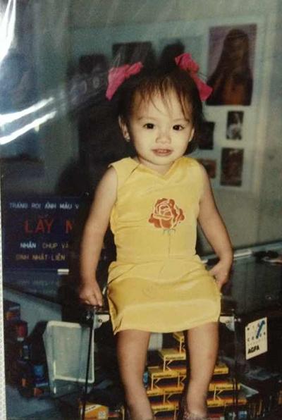 Là con một trong gia đình, từ nhỏ, Hoa hậu Diễm Hương đã