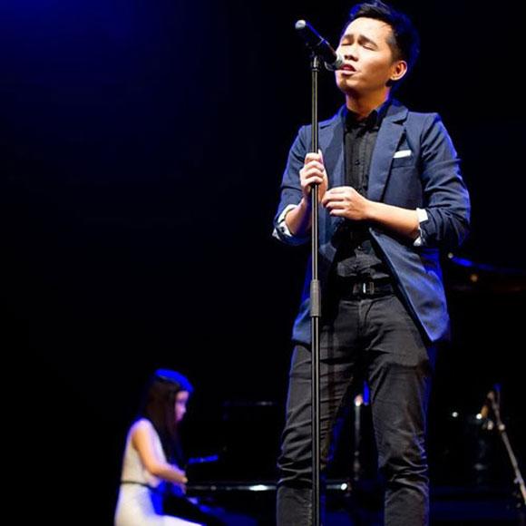 Những giọng ca gốc Việt gây sốt