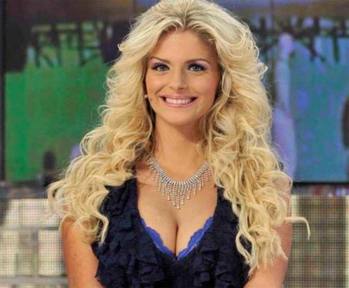 Ngôi sao truyền hình Francesca Cipriani.