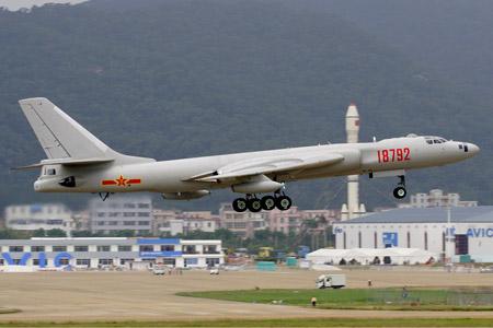 Máy bay ném bom phản lực H-6