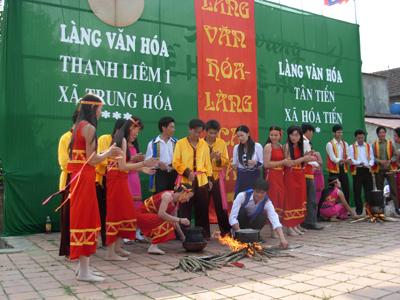 Thi hong bồi tại lễ hội Rằm tháng 3.