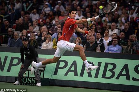 Một mình sự xuất sắc của Djokovic là không đủ