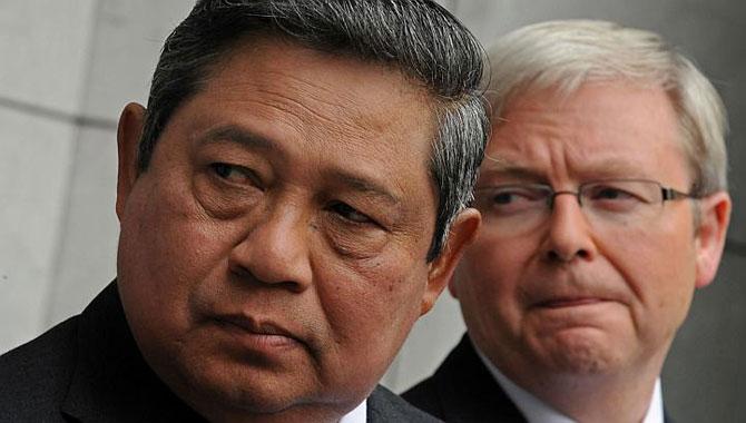 Tổng thống Indonesia Susilo Bambang Yudhoyono (trái) và Thủ tướng Australia Kevin Rudd tại một cuộc họp báo chung ở Tòa nhà Quốc hội ở Canberra vào 10.3.2010.