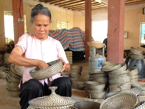 Hàng mây tre đan ở Hà Nội được xếp hạng sản phẩm (Ảnh: Báo Công Thương)
