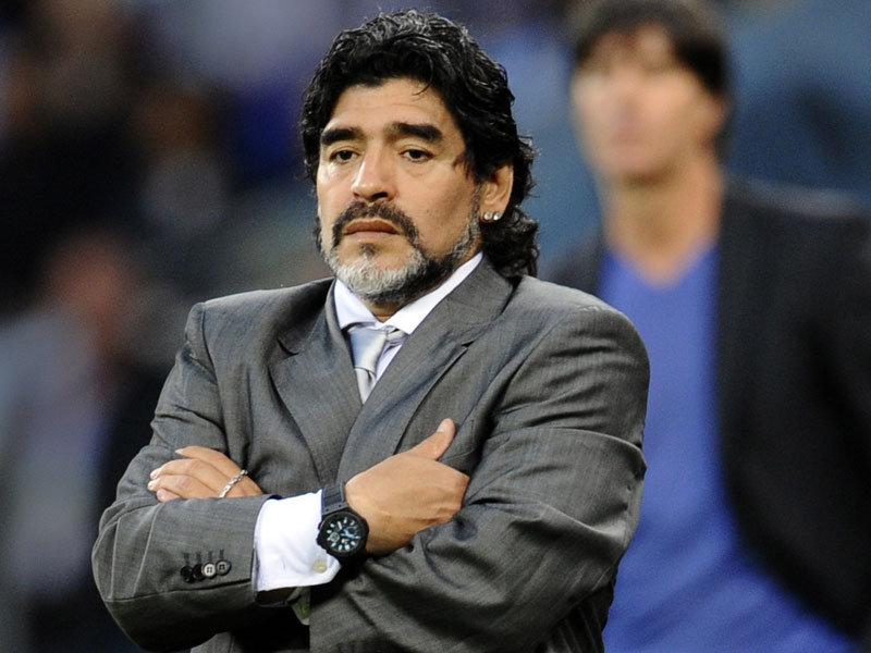 Maradona trở thành một ứng viên có thể thay thế Villas-Boas trong thời gian tới