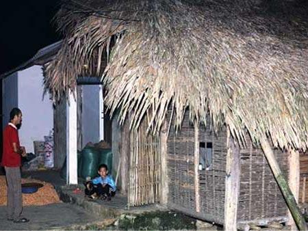 Ngôi nhà nhỏ của ông Vương tại xã Bình Xa, huyện Hàm Yên. Ảnh: Q.Long
