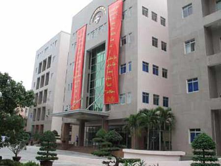 Bệnh viện Bưu điện Hà Nội.