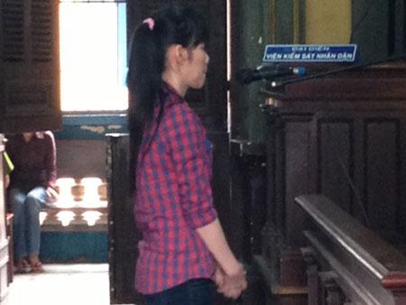 Bị cáo Lê Thị Ánh Tuyết tại phiên tòa.