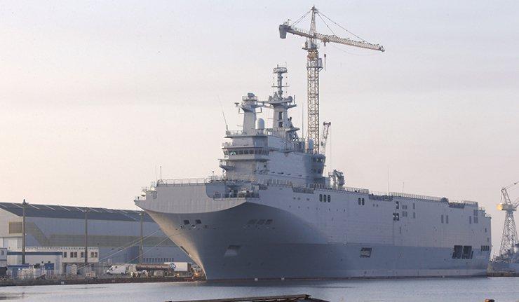 Tổng thống Pháp quyết định ngưng bàn giao cho Nga chiếc 'Mistral' đầu tiên