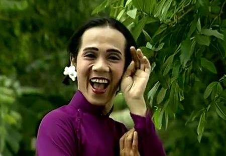 NSƯT Thành Lộc trong MV ca nhạc Cô Thắm về làng