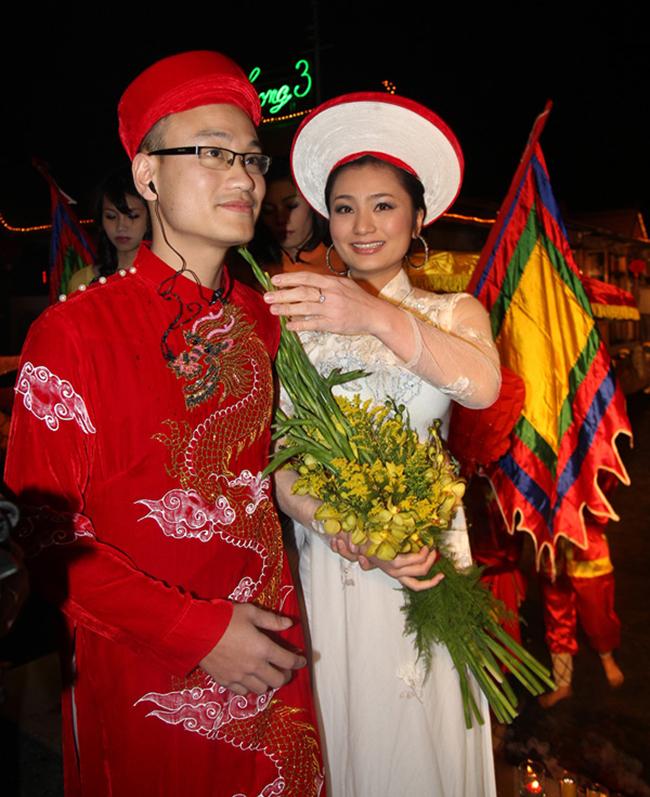 my nhan viet khong lay dai gia van hanh phuc ven tron hinh anh 14