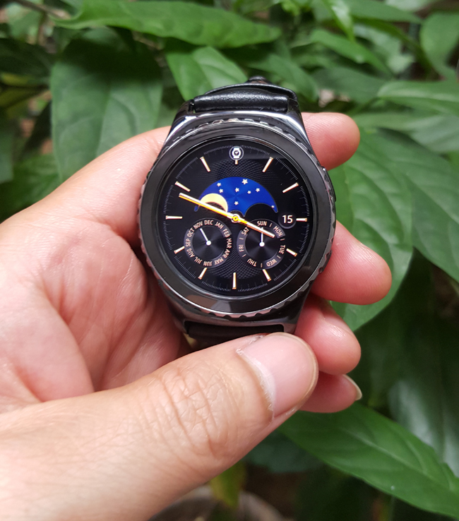 tren tay smartwatch gear s2 classic chong nuoc hinh anh 5
