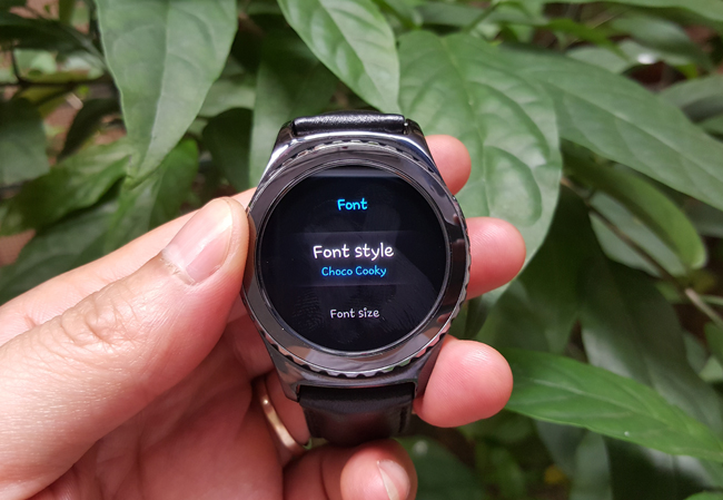 tren tay smartwatch gear s2 classic chong nuoc hinh anh 8