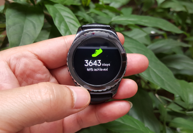 tren tay smartwatch gear s2 classic chong nuoc hinh anh 9