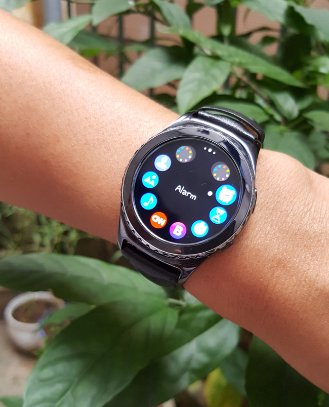 tren tay smartwatch gear s2 classic chong nuoc hinh anh 17
