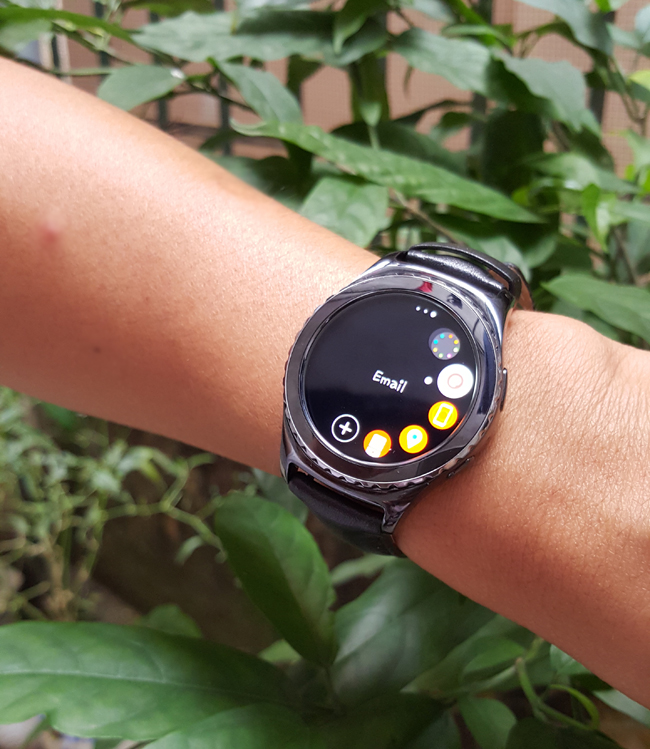 tren tay smartwatch gear s2 classic chong nuoc hinh anh 18