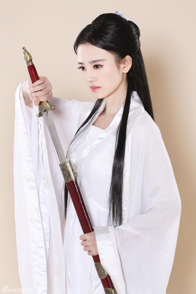 my nu thay the angelababy trong show thuc te an khach la ai? hinh anh 21