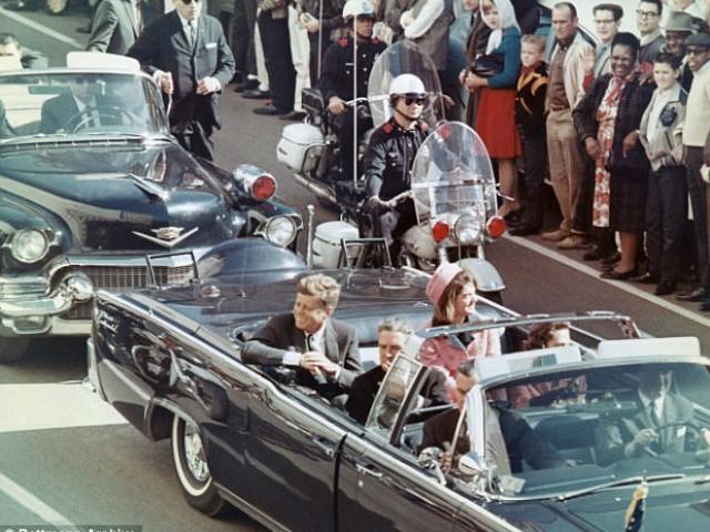Tiết lộ bất ngờ về nghi phạm bắn chết Tổng thống Mỹ Kennedy