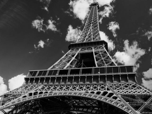 """12 điều cấm kỵ nhất định phải """"nằm lòng"""" trước khi du lịch Pháp"""